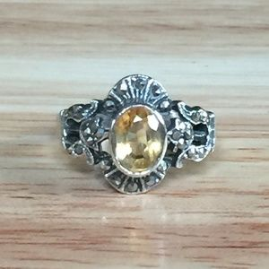 Jewelry - Vintage Sterling Silver Belle Citrine Ring
